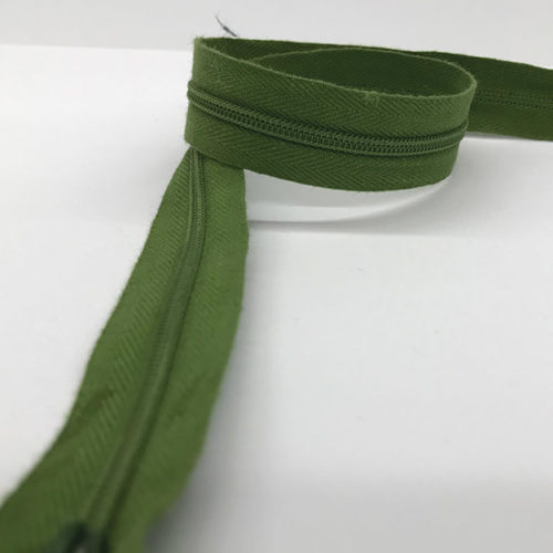 Dark green zip 60cm