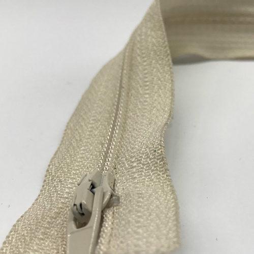 khaki zip 15cm